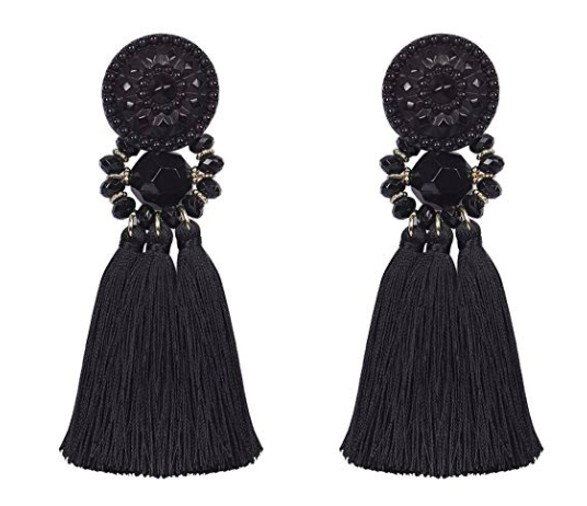chandelier-drop-earrings-perfect-for-the-holidays
