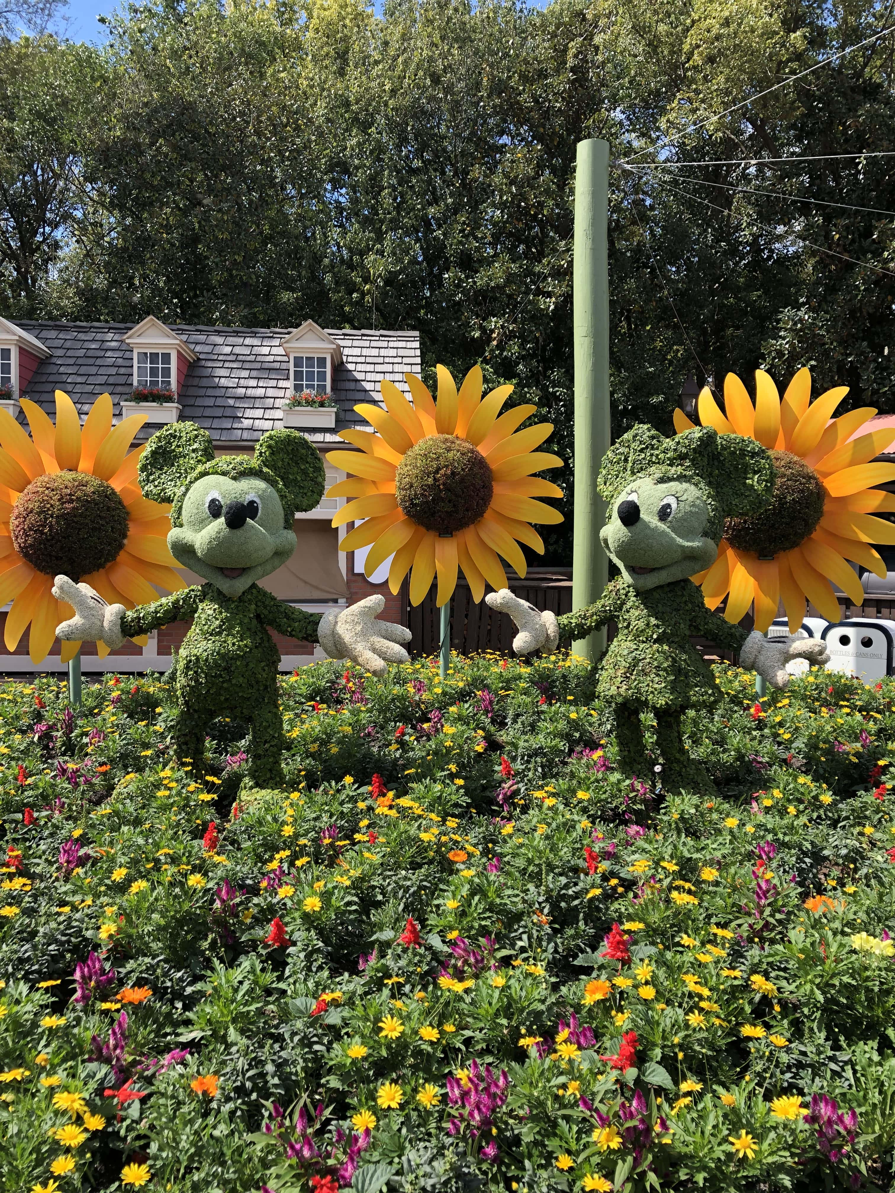 Mickey and Minnie Topiary Disney's Flower and Garden Festival