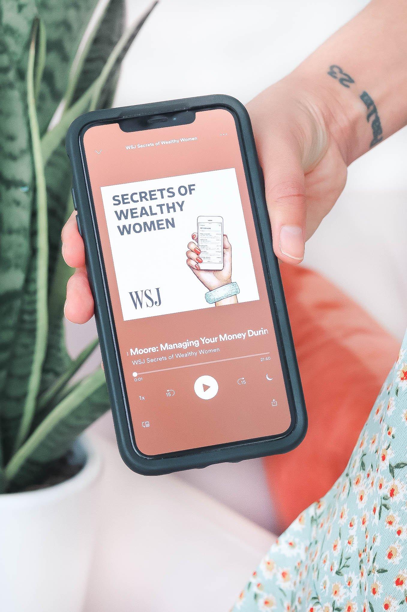 She Makes Money Moves Podcast