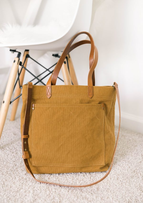 How to Find a Purse That Goes With Everything